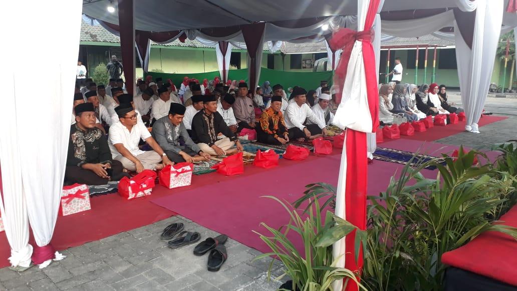 Ketua Pengadilan Agama Sumenep Menghadiri Undangan Buka Bersama Kodim 0827 Sumenep