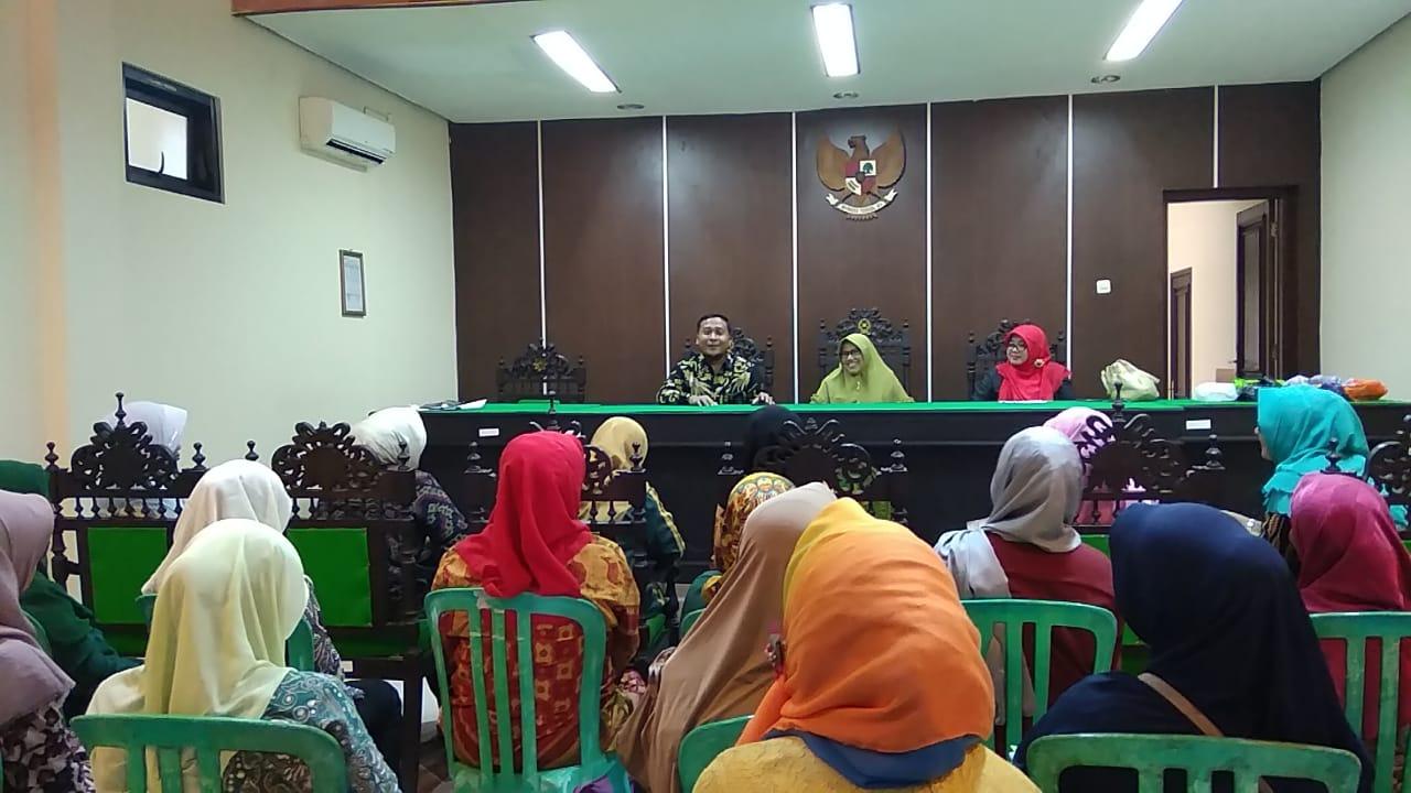Halal Bihalal Dharmayukti Karini Cabang Sumenep